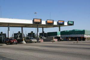 desprivatizacion de las autopistas foto de peaje